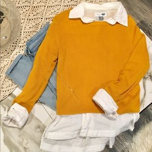 Trendy Cropped Sweater